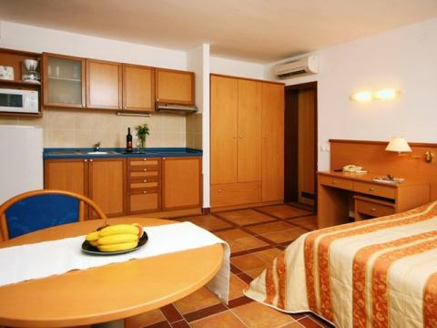 Adriatiq Fontana Hotel Apartmani 4 *