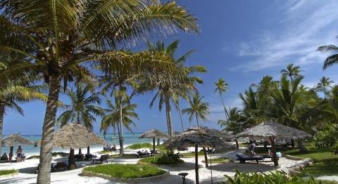 Breezes Beach Club 4  *