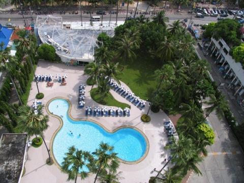 Jomtien Palm Beach 4 *
