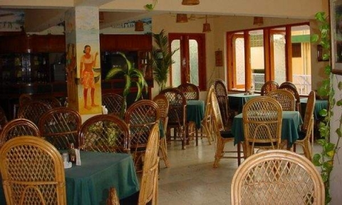 Gaffinos Beach Resort 2 *