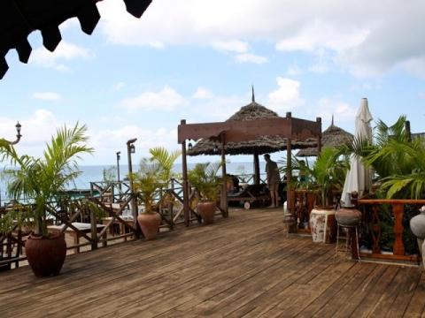 Langi Langi Beach Bungalows 3 *