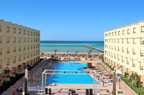 AMC Royal Hotel 5 *