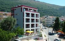 Petrovac Hotel 3 *