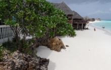 Langi Langi Beach Bungalows 3 *